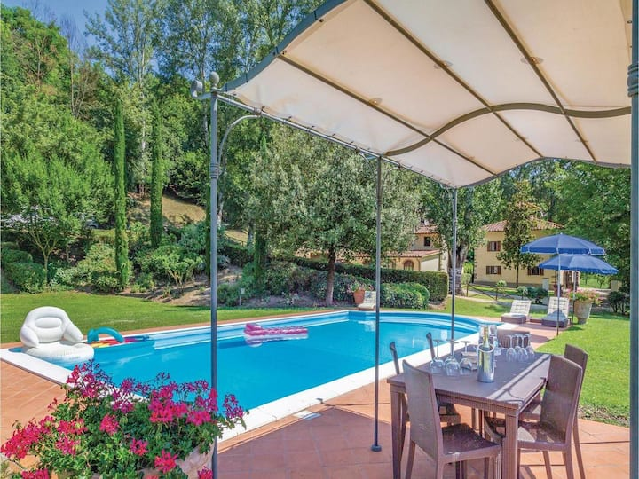 La Bornia, the tuscan villa in the quiet of nature