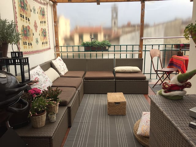 Central and sunny place in Florence - Florença - Apartamento