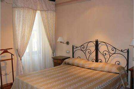 Comfort di un albergo con l'atmosfera di casa - Cortona