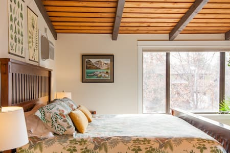 Cozy up at a Nature-inspired Boutique Studio in the Trees