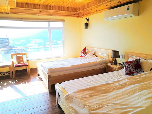 Cheap Room with view moutain anh lake