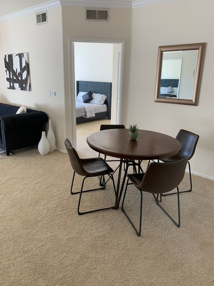 Brand new 2bed/2bath apartment. Heart of DTLA!