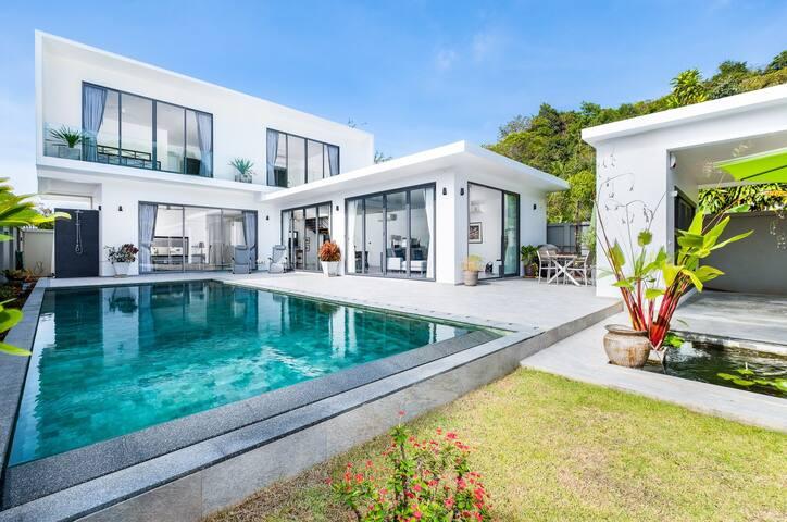 Yanui Beach Pool Villa, Rawai, Phuket