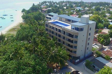 Season Paradise Thulusdhoo Hotel - Bed & Breakfast