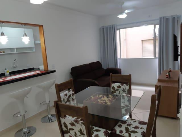 Apartamento Enseada Guarujá Lindo 200m da Praia