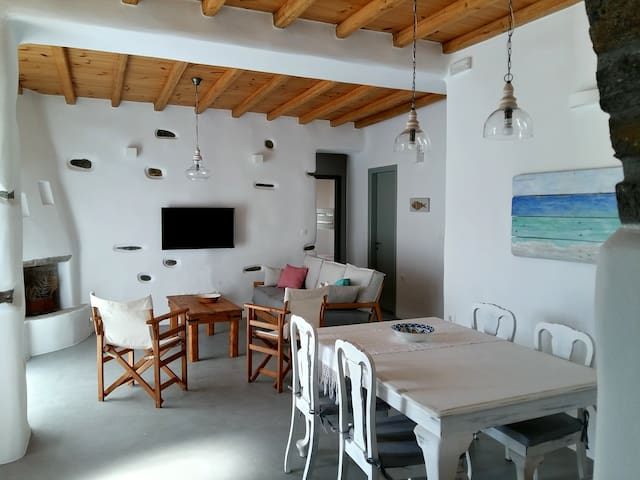 Traditional sea view house in Paros