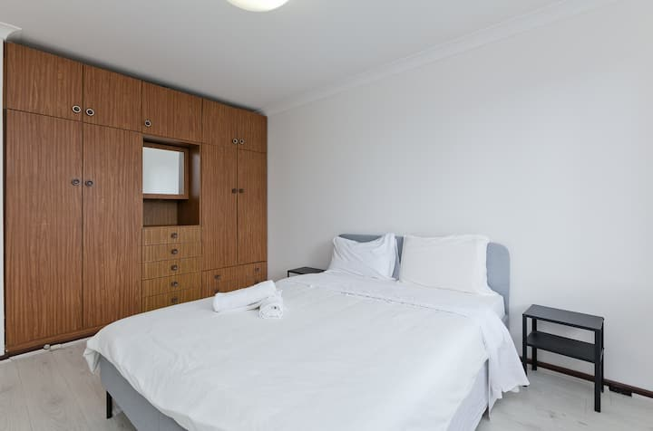 South Perth Home with free parking