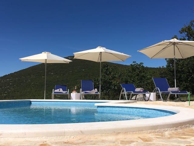 Villa Luka - Uma casa para seu descanso
