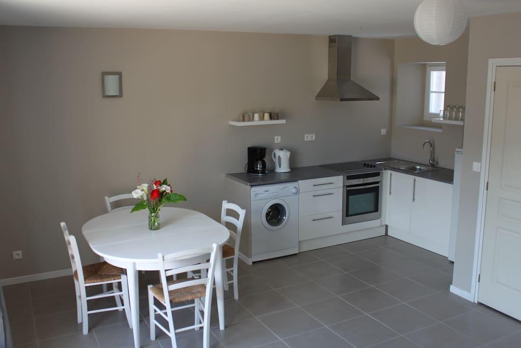 Maison de vacances proche st malo houses for rent in for Housse de couette translation