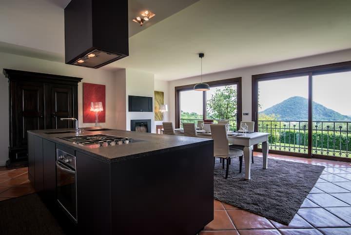 Private Villa Nestled in the Euganean Hills