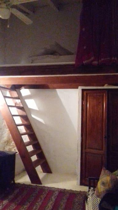 ladder to mezzanine floor