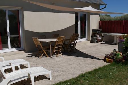 Maison à 150m de la mer - Plouescat - 3 chambres - Plouescat - บ้าน