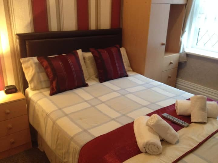 Single Room at Hilbre Hotel