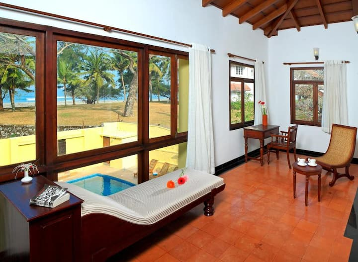 Relaxed Sea View One Bedroom Near Fort Kochi Beach