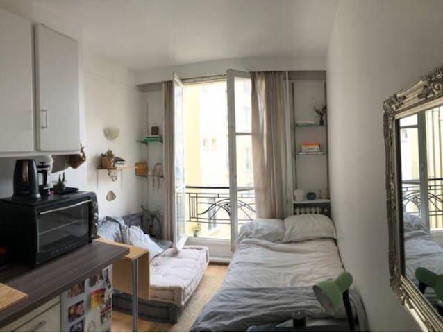 cosy apartment in the center of paris