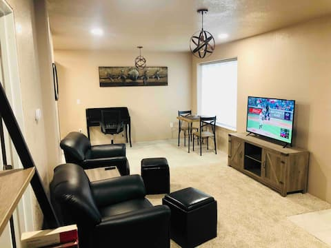 1st Floor furnished apartment in Akron, CO