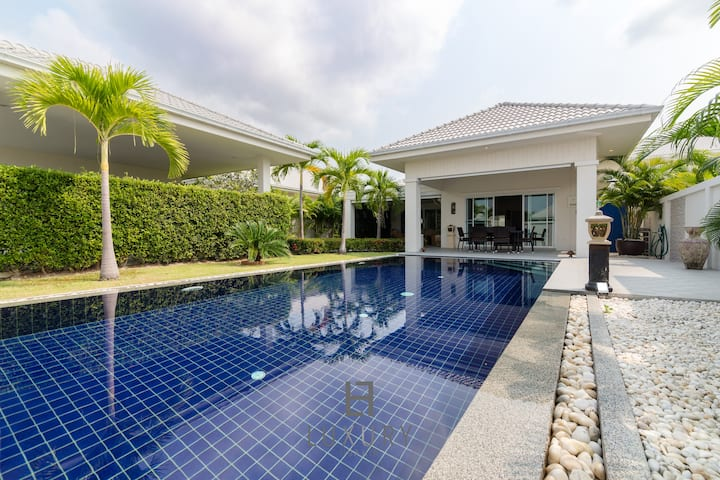 3 Bedroom Private Villa in Hua Hin