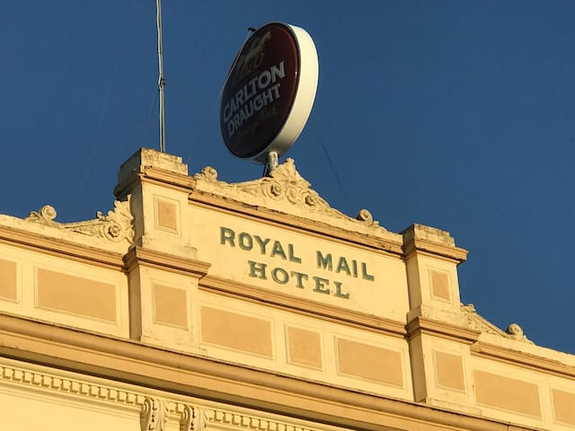 Royal Mail Hotel - affordable room for two