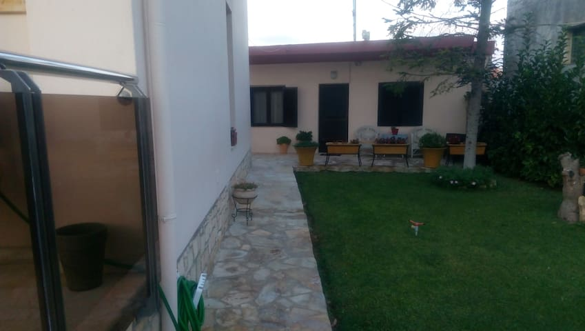 GROUNDFLOOR HOUSE 34sq.m IN AFYTOS