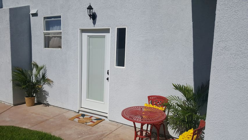 Private entrance, outside seating and small non enclosed yard