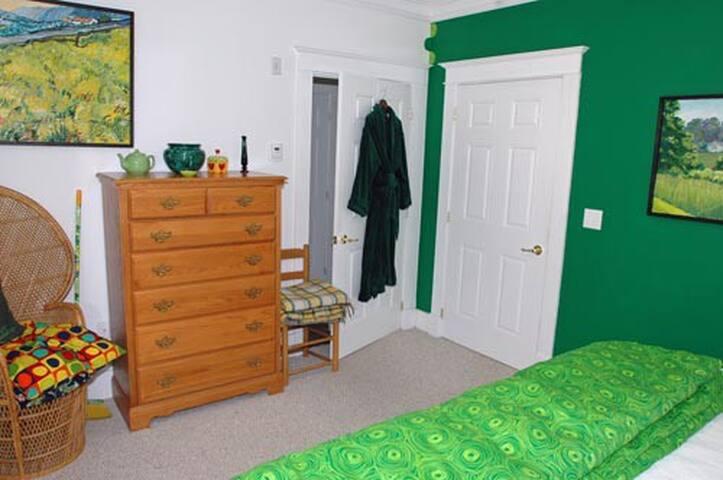 Malachite Bedroom