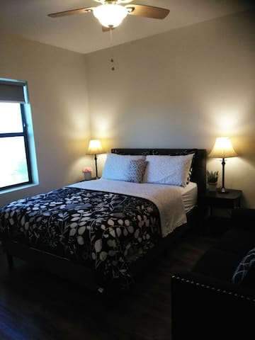 Luxurious Living! Heart of the Westside! Book Now!
