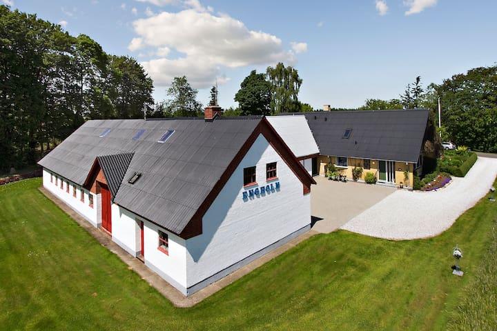 Charmerende Landejendom 3 - Hjørring - Haus