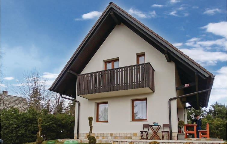 Holiday cottage with 3 bedrooms on 77 m² in Preserje
