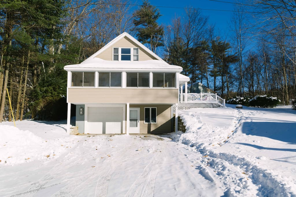5-Stars!! 5 mins to Gunstock, next to the Lake! - Houses for Rent in Gilford, New Hampshire ...