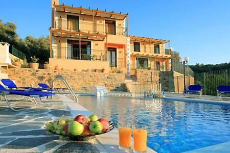 Villa Corinna, Rethymno, Crete - Kirianna