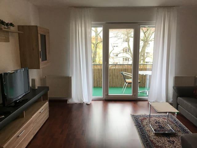 Sehr schöne 3 Zimmer Wohnung nähe EZB