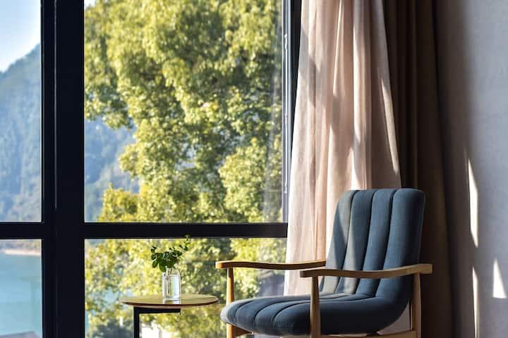 【栀子花】纳山纳水·千岛湖景大床房含早餐+任享9大优惠