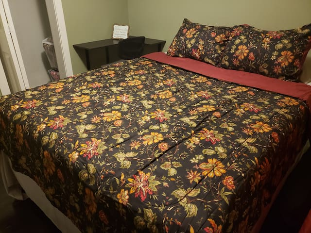 Large comfy queen bed. Large enough for 2 adults.