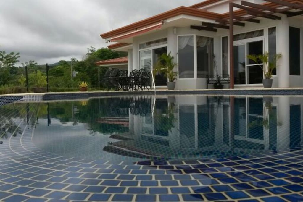 Costa rica retreat in jaco oasis houses for rent in jaco for Costa rica house rental with chef