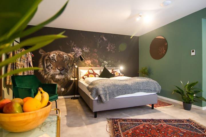 Zelen Astoria: Studio Apartment an der Oper 37m2
