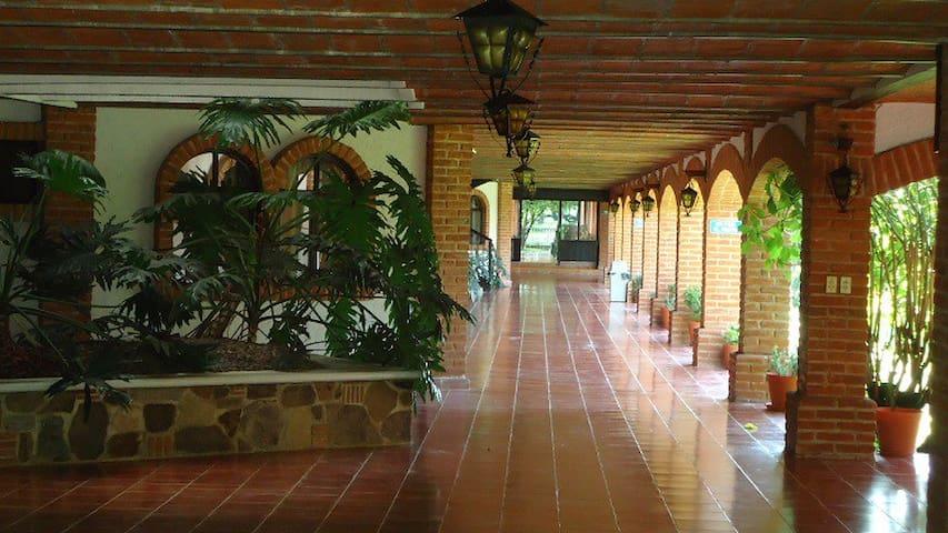 Montebello Estancia