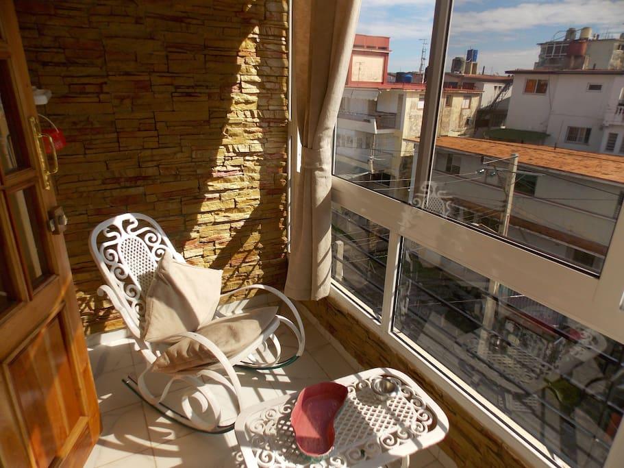 Terrace/Terraza para disfrutar del frescor de las tardes habaneras
