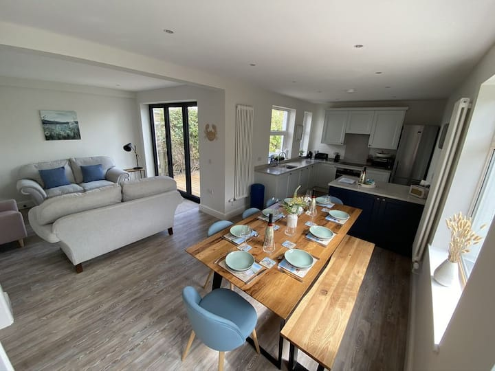 Beautifully refurbished holiday home in Abersoch