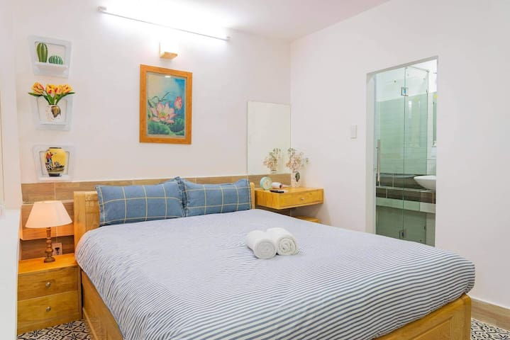 Queenbed WIFI Aircon@walking st Buivien Dist1 F3