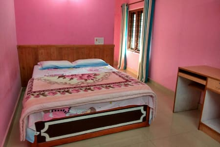 Deluxe Double Room - Munnar - Inap sarapan