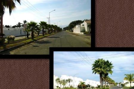 Accesible hospedaje en Bahía de Banderas - San José del Valle - Hus