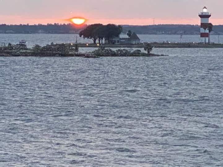 Lake House 304