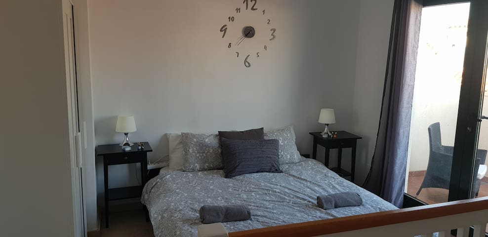 DOUBLE ROOM 5 MINS YUMBO PLAYA DEL INGLES WIFI