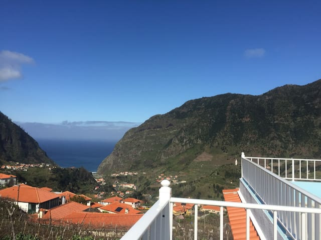 Enchanting Cottage in the mountains of Madeira - São Vicente - House