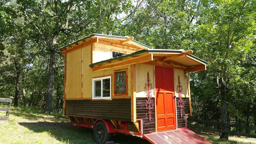 """The Gypsy Dancer"" Tiny House Gypsy Camp, Glamping"