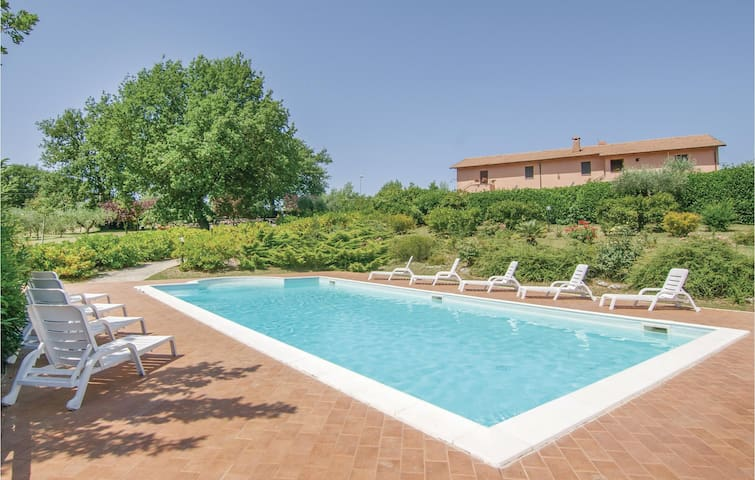 Holiday cottage with 9 bedrooms on 500 m² in Acquasparta -TR-