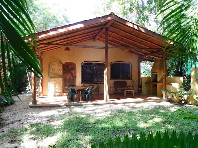 Casamistad - Nosara - Talo