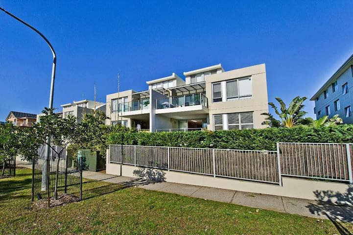 Bondi Beach Homes