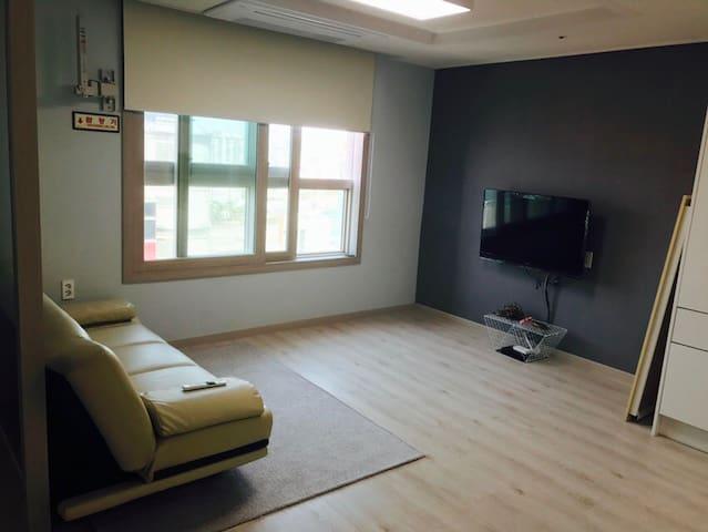 [NEW OPEN] 유성/갑천역/홈플러스/지하주차장/먹자골목 - 대전광역시 - Flat