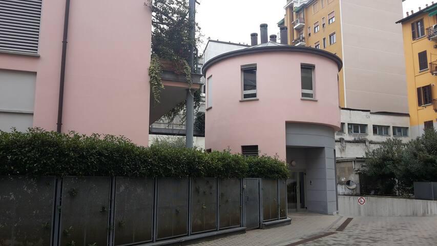 Alloggio inMini-Loft su due livelli - Milano - Loft